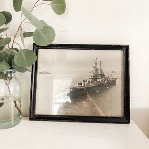 Other - Vintage black and white ship art